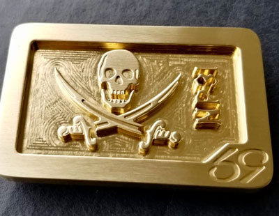 skull and swords jolly roger custom cnc milled belt buckle milled from solid brass